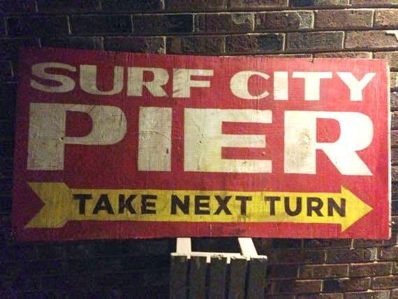 Pier Sign Vintage