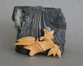 Vintage 1940s Scarf Slide Ring Holder of Wood with Hand Carved Bird and Bamboo Stalk