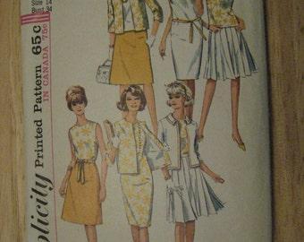 Simplicity 5927 Womens Wardrobe Dress Blouse Skirts Jacket Vintage 1960s