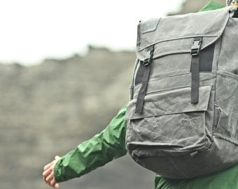 Adventure Pack | Large | grey waxed canvas