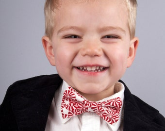 Peppermint bow tie, christmas bow tie, holiday bow tie, candy bow tie, boy's bow tie, men's bow tie, pre-tied bow tie, kids bow tie, bowtie