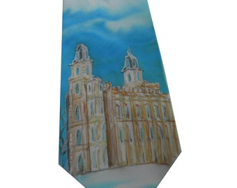 Manti Temple hand painted silk tie. Sky blue ivory tie with a painting of Manti Temple. Romantic tie, engagement tie, wedding silktie.