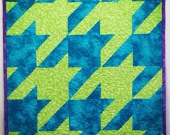 Houndstooth: Lime Green & Aqua