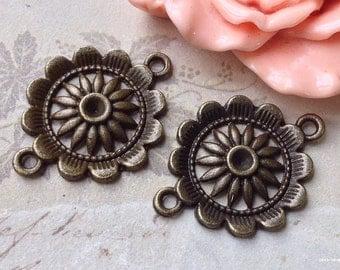 21 mm Antique Bronze Round Shape Sun Flower Charm Pendants / Connectors (.thc).