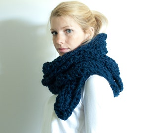 the HIGHLAND scarf - Lace chunky scarf cowl crochet scarf - navy- wool blend