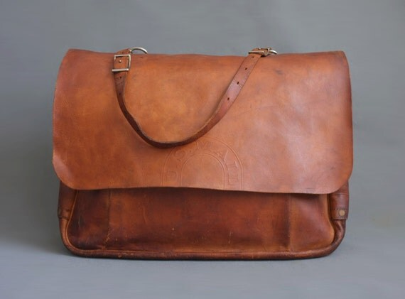 1960s usps leather mail carrier bag 21 inches wide