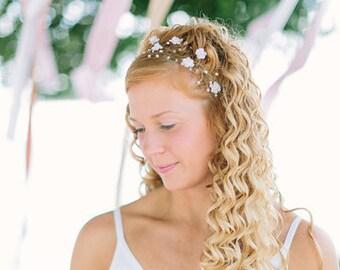 20_Crown, Flower crown, Bridal hair accessories, White flower crown, Gold tiara, Floral accessories, Hair flower, Circlet of flower, Circlet