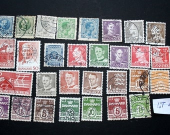 30 Vintage Stamps from Denmark (lot 47)