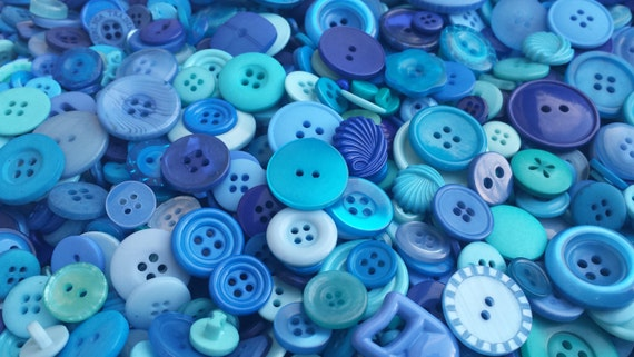 100 Mixed Blue Wave Buttons - Royal Blue, Dark Blue, Sky Blue, Aqua Blue, Turquoise, Cerulean, Vivid Indigo Blue