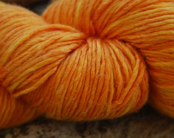 handdyed yarn - colour 152