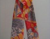 Vintage Womens Headscarf Art Nouveau Floral Mod Neckscarf