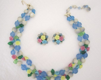 Vintage flower garland necklace and earring set. double strand necklace. pastel necklace. flower necklace
