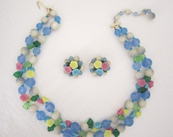 Flower necklace and earring set. double strand necklace. pastel necklace. flower necklace. vintage jewelry