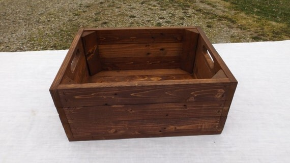 Storage crate from reclaimed wood english by phyllissexton for Apple crate furniture
