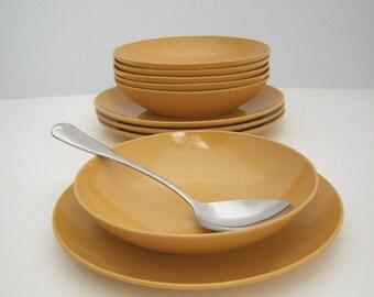 Mid Century Melamine Dinnerware 8 Piece Dishes