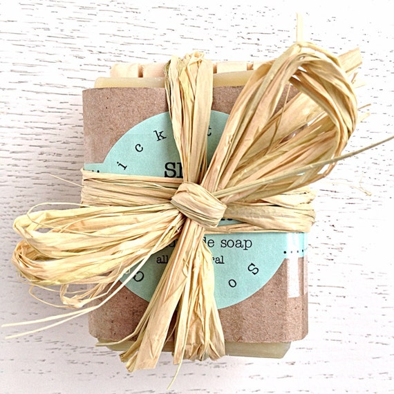 SOAP GIFT SET -  holiday gift - stocking stuffer - Gift Handmade Soap & Wooden Soap Dish Gift Set - Cold Process - Soap Set - Christmas gift
