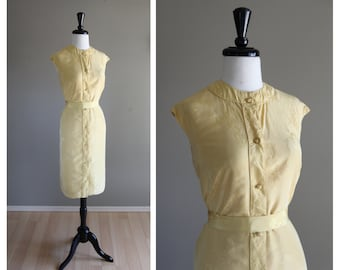 Gorgeous Yellow Silk Vintage 1960s Cheongsam Sheath Dress / Queen Lee 1950s / Asian Chinese Hong Kong