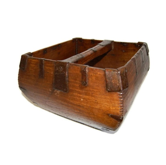 Handmade Wood Basket : Primitive wooden chinese rice carrier or grain basket antique