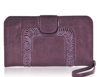 SALE. NOSTALGIA. Leather clutch / wristlet purse / leather purse / leather clutch purse.