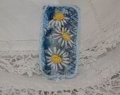 Embroidered and Felted Brooch - White daisies on blue