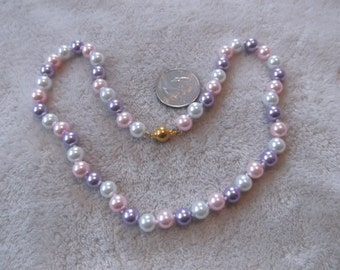 Vintage Necklace-Soft Pink-Lilac-White Pearl Beaded-Hand Knotted -N 757