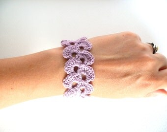 Lavender pink linen bracelet,  wedding romantic bracelet, crochet bracelet, Shabby chic bracelet, lace trim bracelet,Birtday gift, wide cuff