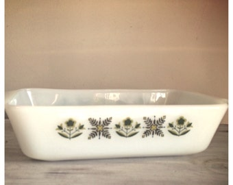 vintage Anchor Hocking baking dish / Fire King green meadow pattern / milk glass casserole dish / Vintage Baking dish