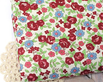 """Flowers Oxford Cotton Fabric - Ivory - By the Yard (44 x 36"""") 62579"""