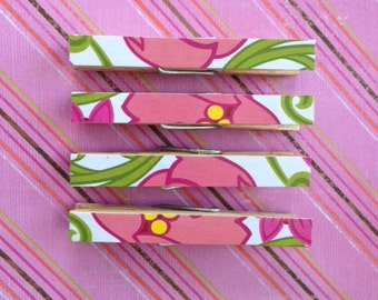 Vera Bradley Lilli Bell, Clothespin Magnets Pink, Green, White, and Orange, Flowers Set of four