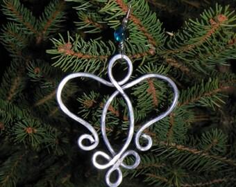 Aluminum wire angel ornament