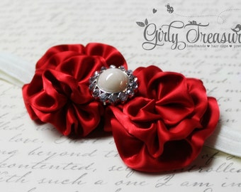 Red and Ivory Flower Headband. Baby Headband. Girl Headband. Newborn Headband. Toddler Flower Bows. Photo Prop.