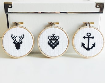 Set of 3 Embroidery Hoop Small Black Anchor Stag Heart Crown Cross Stitch Wall Art Decoration