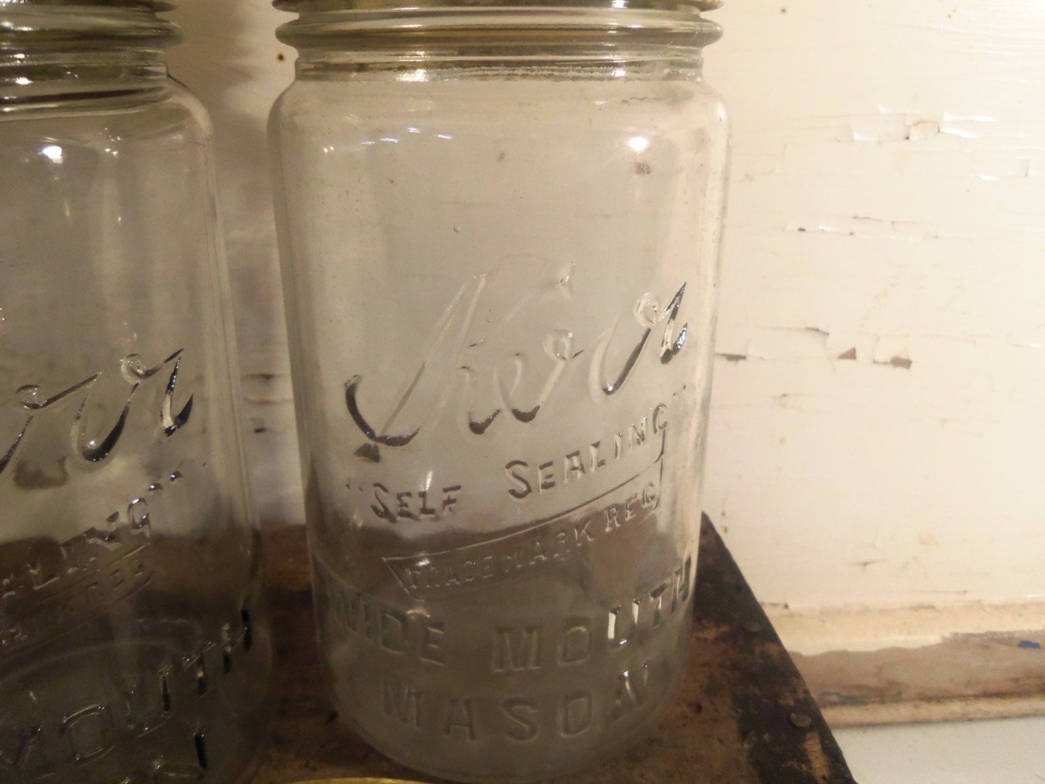 How to Find the Date of a Kerr Fruit Jar