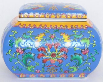 Vintage Asian/Oriental Blue Floral Lidded Large Ceramic Trinket Box, Vintage Large Asian Trinket Box, Large Ceramic Asian Trinket Box