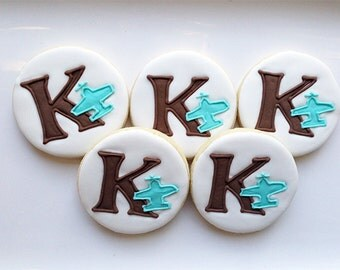 airplane letter cookies