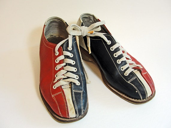 SALE Vintage Bowling Shoes Women's Size 4 Gold by ...