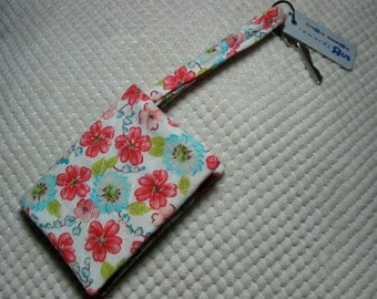 quilted fabric wallet/gift card holder/credit card organizer/business card case:  coral and aqua floral on cream