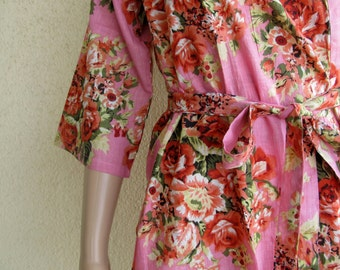 Light Pink Floral Kimono Robe - Dressing gown - Bridesmaid gift - Pre wedding photo prop - Floral robe