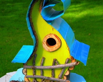 bird house, birdhouse, Curvy Lady Birdhouse available in color options