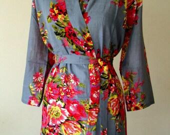 DD6 Bridesmaid gift Robe - Kimono robe, Bridal party gift,  Bath Robe, Getting ready robe