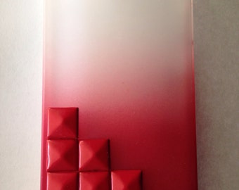 Red ombré iPhone 4, iPhone 4s case with red studs