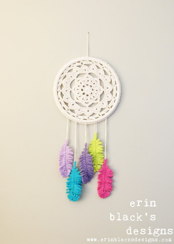 Diy Crochet Pattern Dreaming Of Feathers Wall Hanging