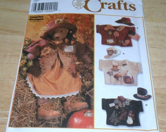 Simplicity 7606 31 inch Bear and Wardrobe Pattern Uncut