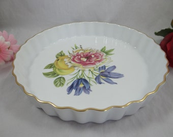 "Vintage Royal Worcester Pershore Gold Trim 9"" Quiche or Pie Baking Dish"