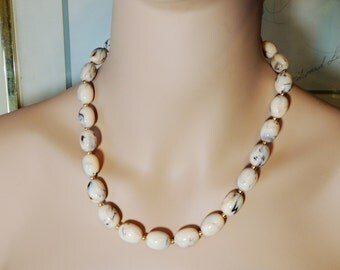 Joan Rivers Glass Bead Marbled Necklace