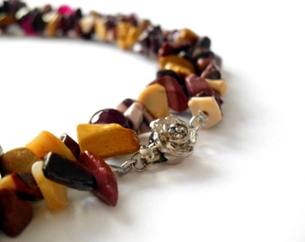 Raw stone necklace / chips beaded jewelry / mookaite and agate extra long necklace / gemstone necklace / rustic jewelry / contemporary
