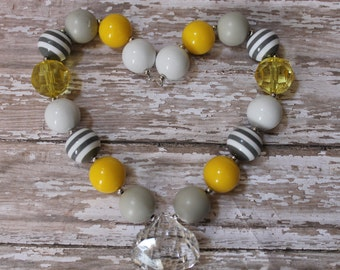 Yellow Grey Chunky Bead Necklace, Childrens Toddler Baby Girls Beaded Gumball Necklace, Photo Prop 1st Birthday Cake Smash Wedding