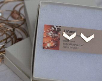 Chevron Earrings- 14k gold fill chevron stud earrings