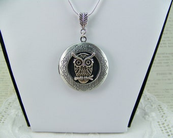 Owl Locket, Silver Owl, Keepsake Locket, Picture Locket, Woodland Locket, Bird Locket, Owl on a Branch, Hoot Owl, Great Horned Owl