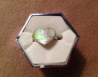 Vintage Sterling Silver Ring with Heart Top